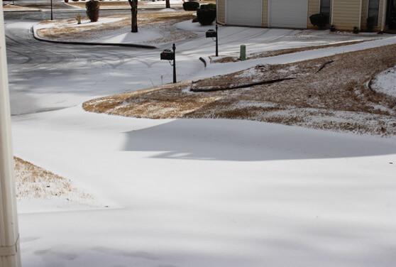 Snow-ice Days #SnowDay #Winter #Ice #Snow #ColdWeather NewMamaDiaries.com